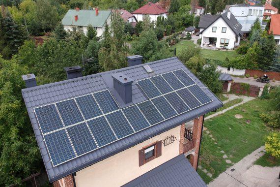 sun energy solutions - instalacja solarna na domu jednorodzinnym