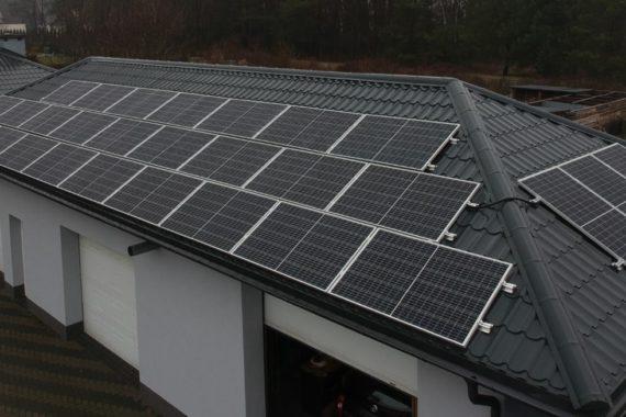 instalacja fotowoltaiczna na dachu garażu - 9,9 kw